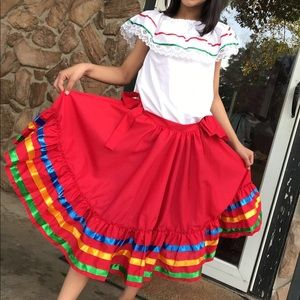 Other - Little girl Mexican skirt and Mexican top